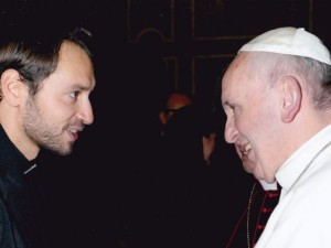 don-Davide-Banzato-Papa-Francesco-2013-1-1000x400