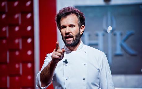Tv: su Sky Uno torna Carlo Cracco con Hell's Kitchen