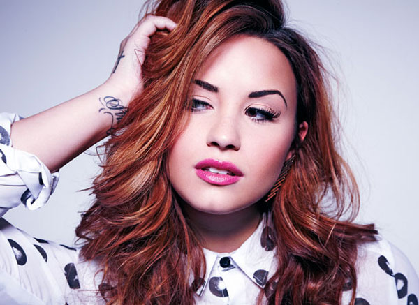 Demi Lovato 34db888eff1