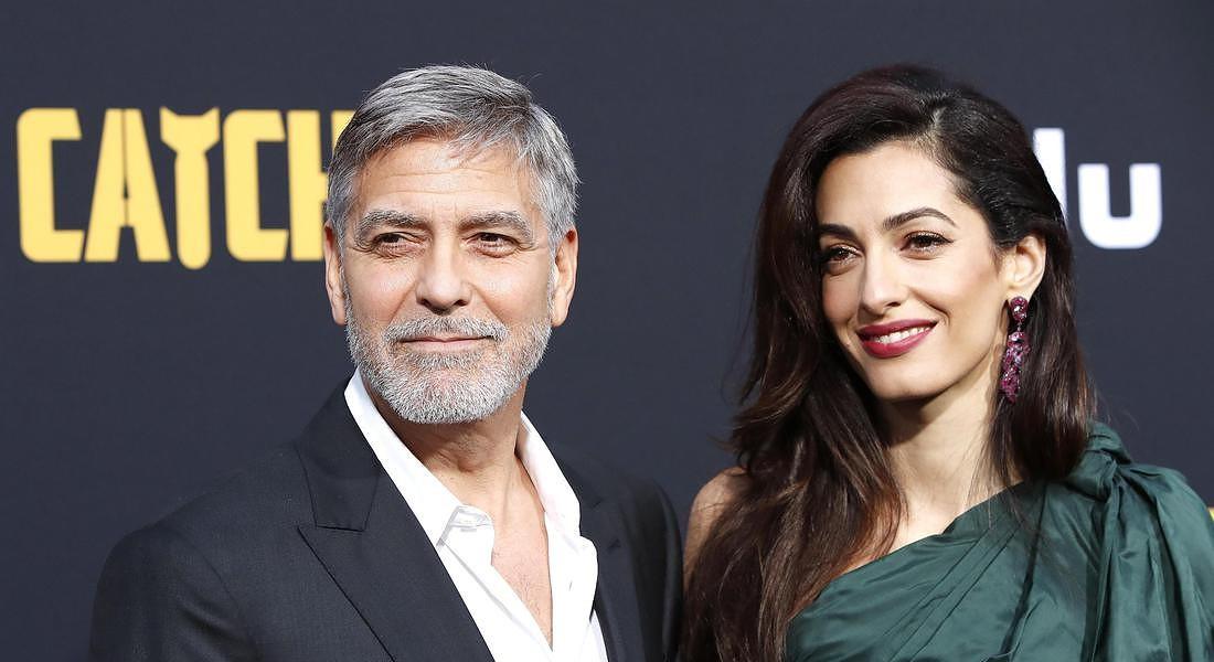 Questa immagine ha l'attributo alt vuoto; il nome del file è George-Clooney-e-Amal.jpg