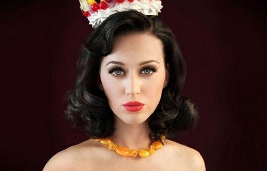 Questa immagine ha l'attributo alt vuoto; il nome del file è Katy-Perry.jpg